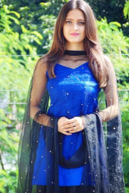 Dazzlerr - Shivika Sharma Model Dharmsala
