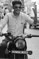 Bittu Dave - Actor in Ahmedabad | www.dazzlerr.com