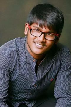 Sumant Roy - Photographer in Delhi | www.dazzlerr.com
