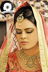 Dazzlerr - Akanchha Gupta Photographer Kanpur