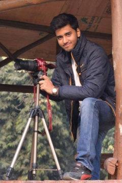 Sahil Prakash - Photographer in Delhi | www.dazzlerr.com