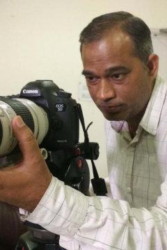 Ashok Kumar - Photographer in Delhi | www.dazzlerr.com