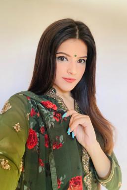 Dazzlerr - Harshita Chauhan Model Chandigarh