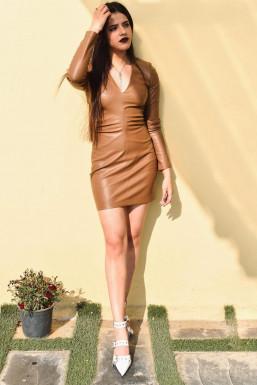 Harshita Chauhan - Model in Chandigarh   www.dazzlerr.com