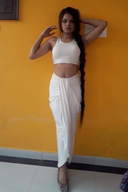 Tanya Guleria - Model in Kangra | www.dazzlerr.com
