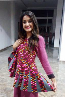 Dazzlerr - Suman Singh Guman Model Mandi