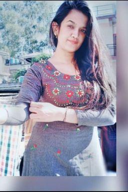 Meena Thakur - Model in Hamirpur   www.dazzlerr.com