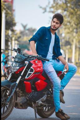 Axim Khan - Model in Darbhanga | www.dazzlerr.com