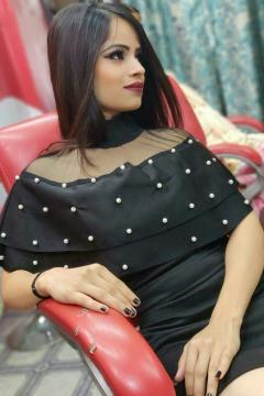 Minakshi Soni - Model in Hamirpur   www.dazzlerr.com
