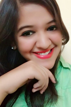 Radhika Narang Anchor Delhi