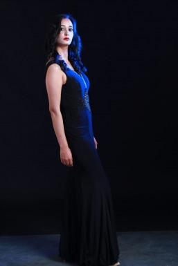 Dazzlerr - Santosh Kumari Model Mandi