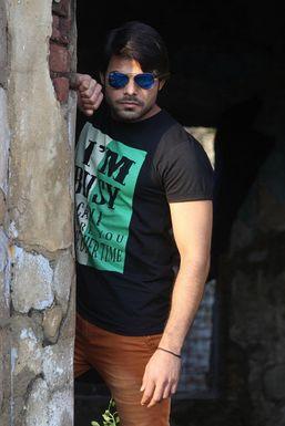 Nirbhay Arjuna - Model in Navi Mumbai | www.dazzlerr.com