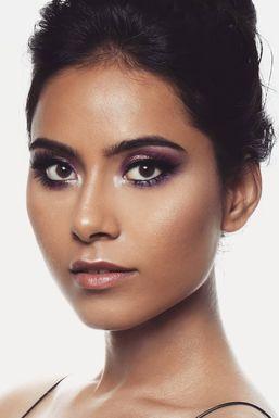 Dazzlerr - Himani Negi Model Delhi