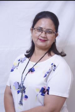 Neena Bhatnagar Makeup Artist