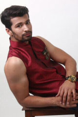 Dazzlerr - Tushar Saini Model Chandigarh