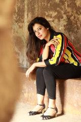 Dazzlerr - Charu Model Chandigarh