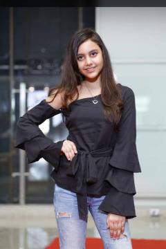 Emilla Pahwa Model -Select-