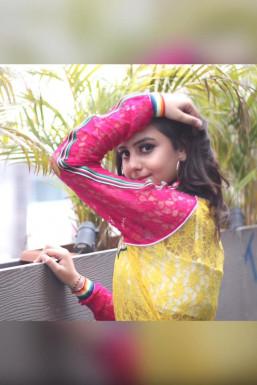 Dazzlerr - Emilla Pahwa Model -Select-