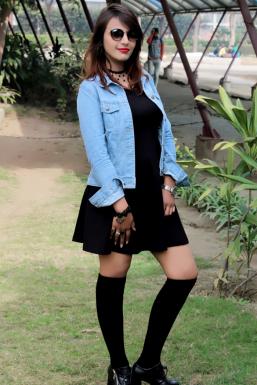 Dazzlerr - Shreyal Pandey Model Mumbai