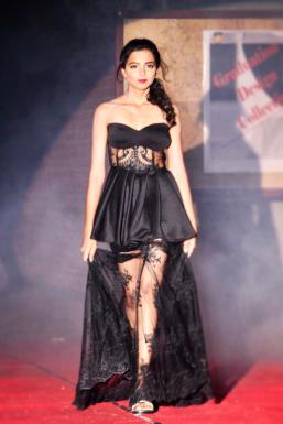 Akshita Vatsayan - Model in Mumbai | www.dazzlerr.com