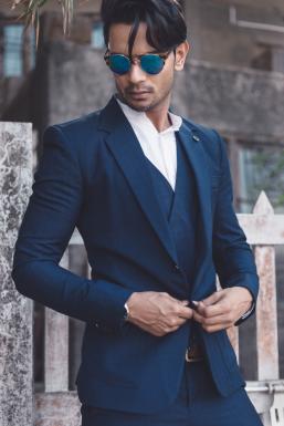 Dazzlerr - Prateek Awasthi Model Mumbai