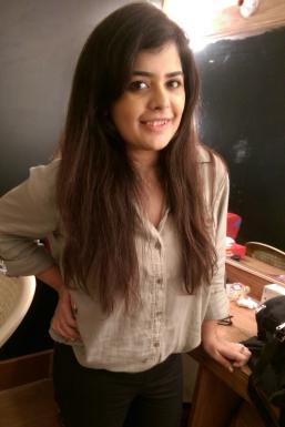 Priyanka Arya - Model in Mumbai | www.dazzlerr.com