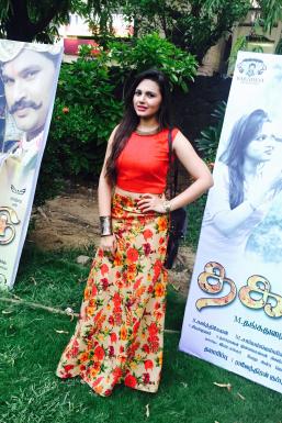 Dazzlerr - Priyanka Shukla Model Mumbai