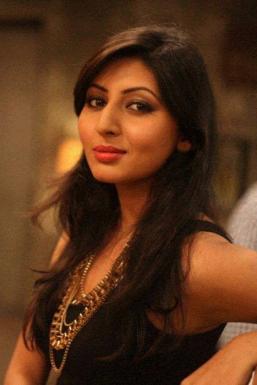 Dazzlerr - Tanaya Gupta Model Mumbai