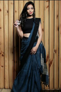 Dazzlerr - Poonam Model Mumbai