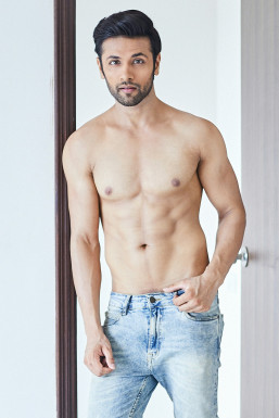 Dazzlerr - Vishal Bhardwaj Model Mumbai