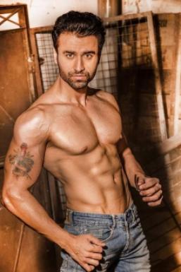 Dazzlerr - Jimmy Sharma Model Mumbai
