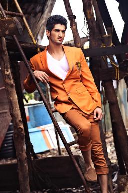 Dazzlerr - Vinny Verma Model Mumbai