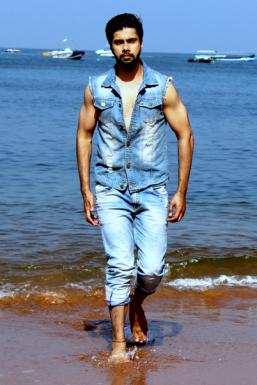 Karhan Dev Model Mumbai