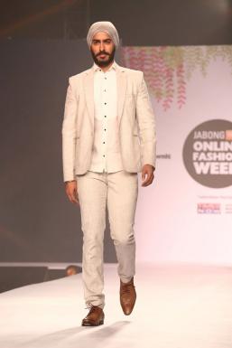Dazzlerr - Tejeshwar Singh Model Mumbai