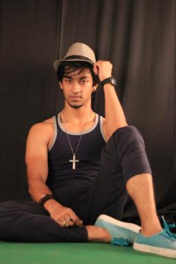 Dazzlerr - Tonmoy Roy Model Mumbai