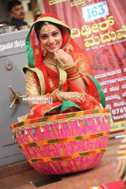AVANTHIKKA - Model in Mumbai | www.dazzlerr.com