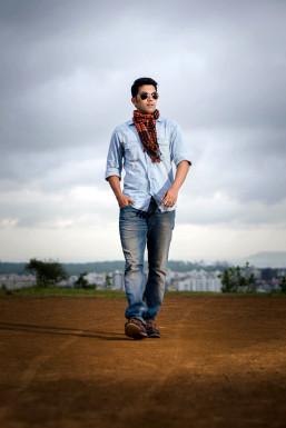 Dazzlerr - Mandar Dongre Model Mumbai