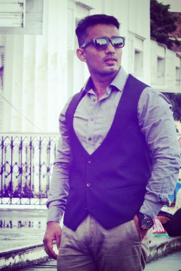 Dazzlerr - Mayank Singh Model Mumbai