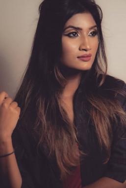 Dazzlerr - Netra Jaiswal Model Mumbai