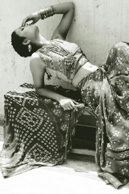 Dazzlerr - Swarna Raj Model Mumbai