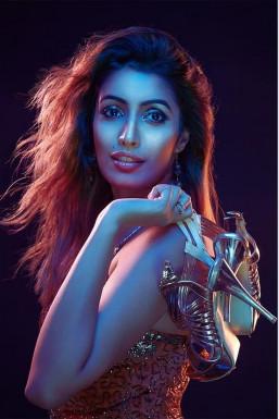Dazzlerr - Arpita Arora Model Mumbai