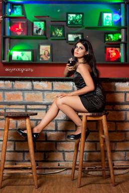 Dazzlerr - Shruti Model Mumbai