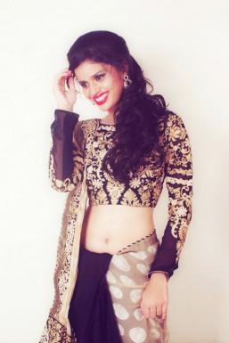 Dazzlerr - Prachi Aroskar Model Mumbai