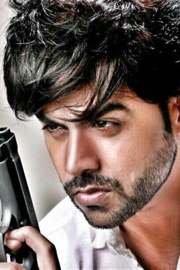 Dazzlerr - Ravish Kumar Model Mumbai