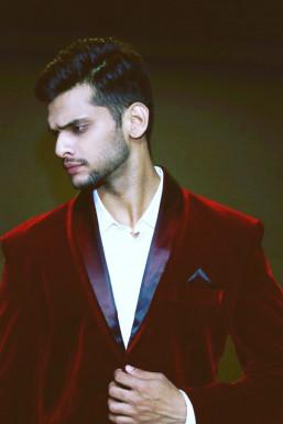 Dazzlerr - Rahul Nair Model Mumbai