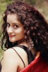 Dazzlerr - Akanksha Juyal Model Mumbai