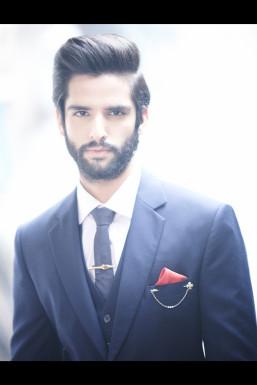 Dazzlerr - Tushar Shroff Model Mumbai