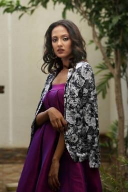 Dazzlerr - Kanak Garg Model Mumbai