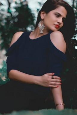 Shrestha Shandilya - Model in Mumbai | www.dazzlerr.com