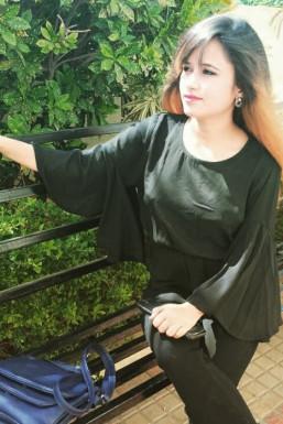 Dazzlerr - Babli Yadav Model Mumbai